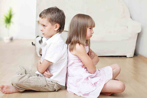 Η-σημασία-των-παιδικών-τσακωμών-για-την-ενήλικη-ζωή
